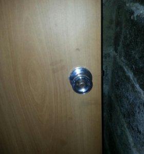 Дверь на дачу)с ручкой замком