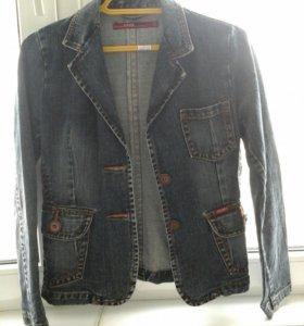 Джинсовая куртка. М.