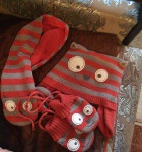 Веселый комплект- шапка, шарф, варежки. Англия .