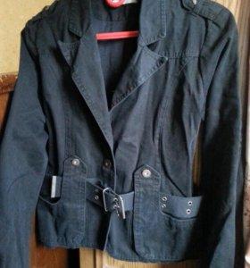 Черная Куртка-пиджак 40-44 р