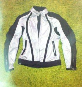 Мотоциклетная куртка с жилеткой