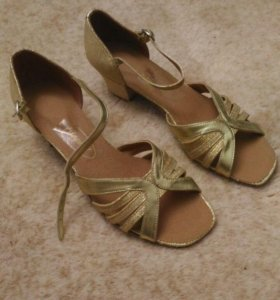 Туфли для занятий танцами,длина по стельке 24 см