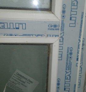 Окно витражное и дверь балконная