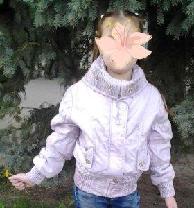 Куртка новая демисезонная,на 5-8 лет.