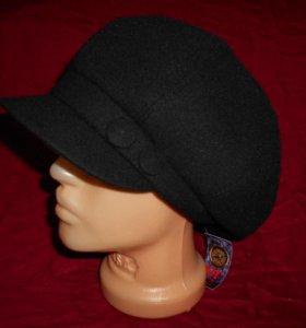 Женская кепка.