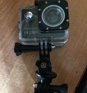 Продам экшен камеру водонепроницаемую