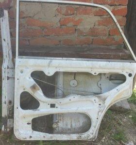Дверь задняя правая на ваз 2106