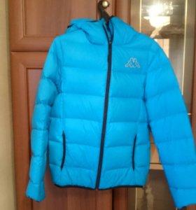 Куртка каппа практически новая, покупалась за 3000