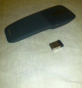 беспроводная мышь Microsoft Arc touch.
