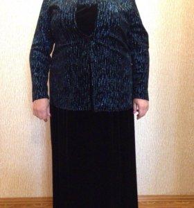Вилюровое платье с пиджаком