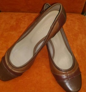 Туфли 37 р.  женские Cavaletto
