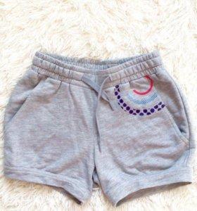 Новые шорты Reebok