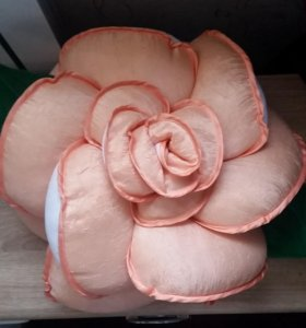 Подушка роза ручная работа