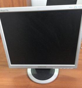 Монитор 17 Samsung