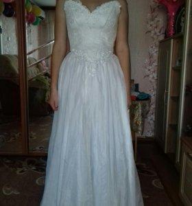 Свадебное платье и ленты