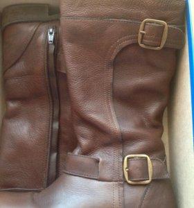 Кожаные сапоги Zara