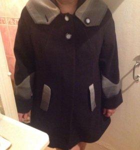 Пальто демисезонное 54-56 размер