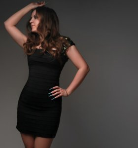 Бандажное платье Sherri Hill