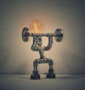 Настольный светильник weightlifter