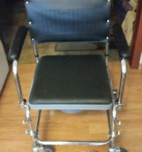 Кресло инвалидной, ходунки и трость в подарок