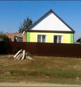 Дом 94 м.кв на участке в 27 соток