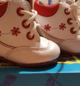 Ботиночки первые шаги