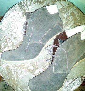 Замшевые ботинки, 40 размер.