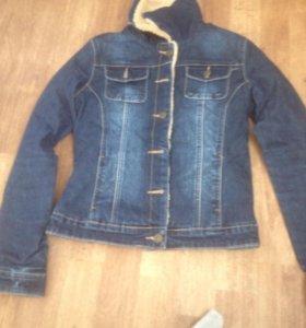 Тёплая Джинсовая куртка на осень