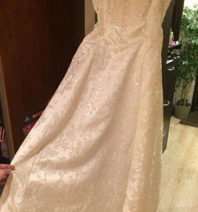 Платье свадебное-венчальное