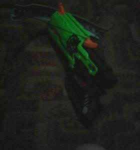 Nerf zombie straik