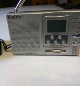 Радио с будильником