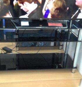 Тумба стеклянная под телевизор