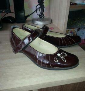 Туфли для девочки 33 размер