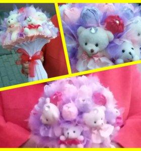 Букеты ручной работы из конфет и игрушек