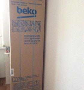 Продаю новый холодильник