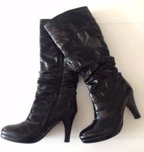 Черные сапоги, новые