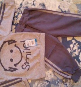 Новый теплый костюм на мальчика, р-р 80-86