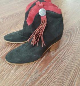 Ботинки женские FABI