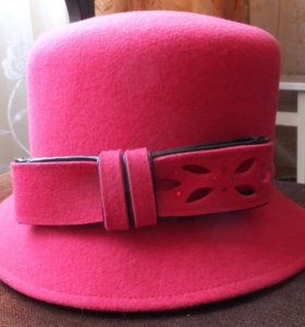 Новая фетровая шляпа