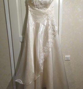 Красивое свадебное платье 42-46