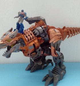 Игрушка Трансформер Гринлок