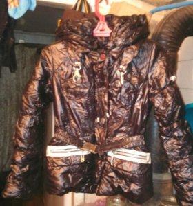 Куртка женская, лакированная