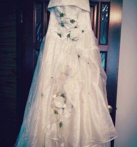 Свадебные платья на прокат от 2000 руб