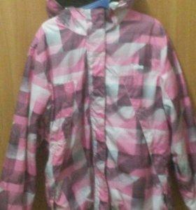 Куртка на девочку10-11 лет