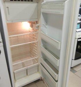 Холодильник Вятка 2000