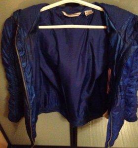 Куртка осенняя спортивная Reebook