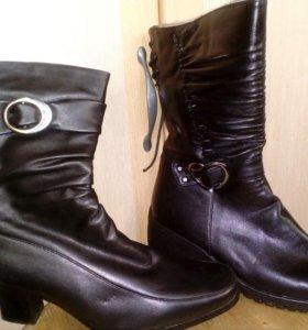 Детская и женская обувь.