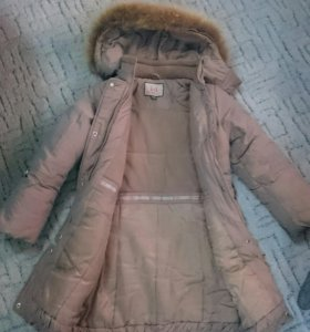 Пальто тёплое на девочку,  размер 134.