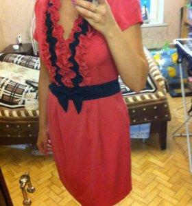 Праздничное платье 50р