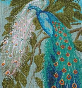Вышивка павлины